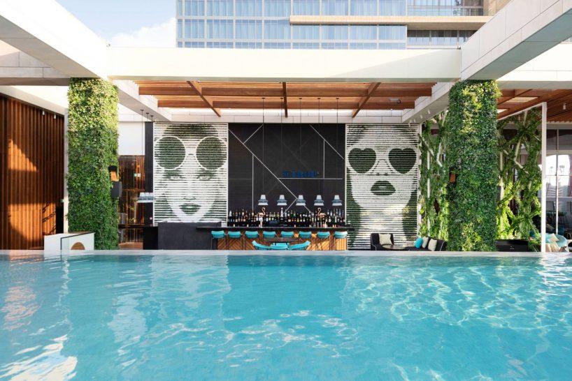 Waldorf Astoria Dubai International Financial Centre St. Trop Rooftop Lounge and Pool
