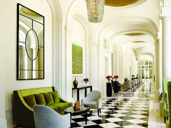 Waldorf Astoria Trianon Palace Versailles Lobby View