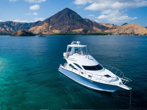 Ayana Lako dia Boat Trip