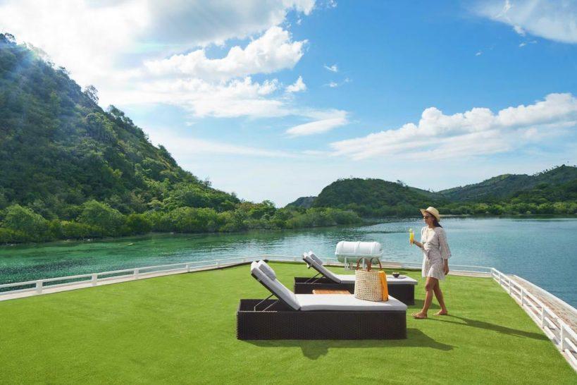 AYANA Lako dia sun terrace