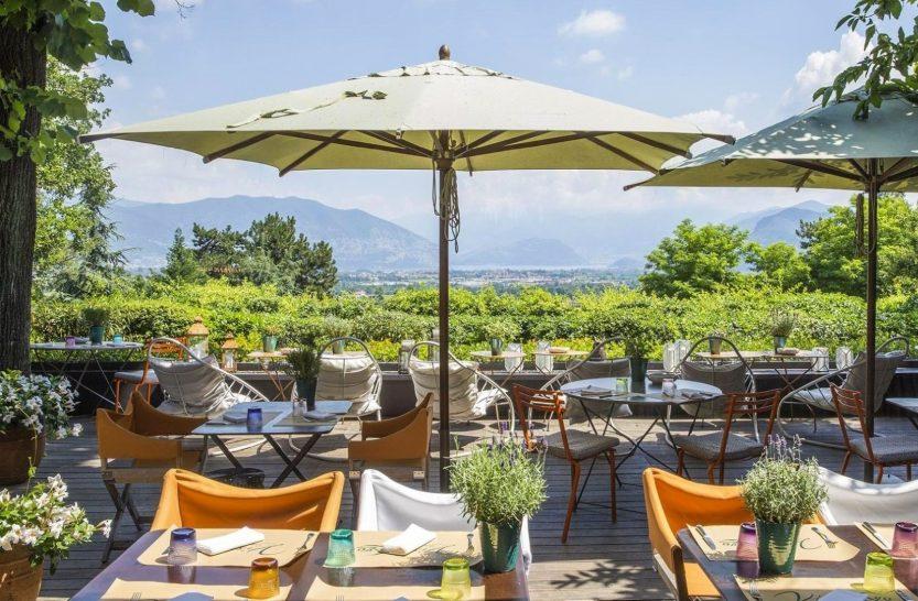 Albereta Relais and Chateaux LeoneFelice Vista Lago Outdoor Terrace