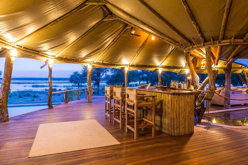 Anabezi Camp Bar