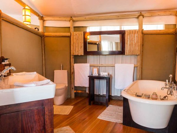 Anabezi Camp Bathroom
