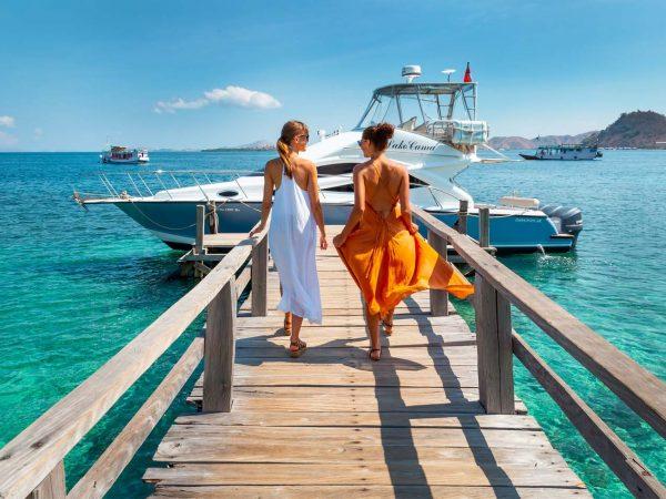Ayana Komodo Resort, Waecicu Beach Boat