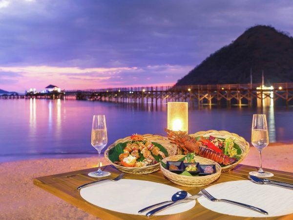 Ayana Komodo Resort, Waecicu Beach Night