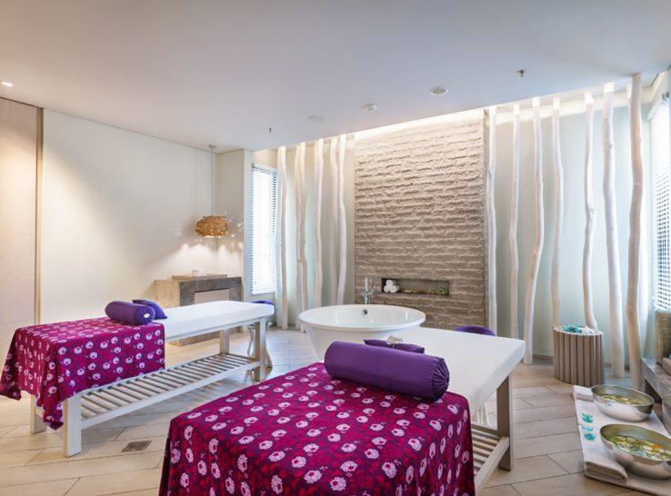 Ayana Komodo Resort, Waecicu Beach Spa