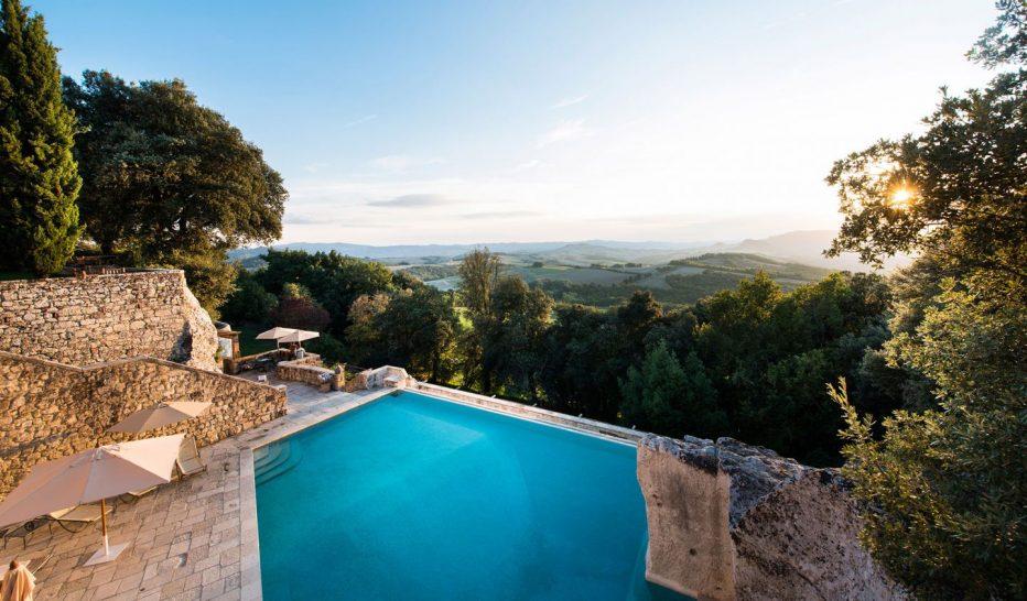 Borgo Pignano Pool View
