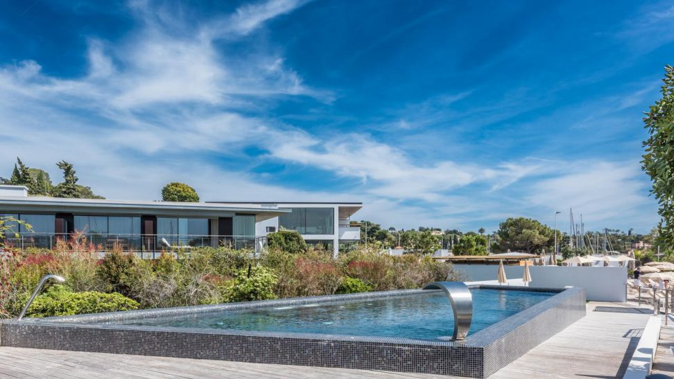 Cap d'Antibes Beach Hotel Outdoor Pool