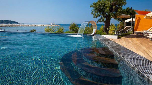Cap d'Antibes Beach Hotel Pool