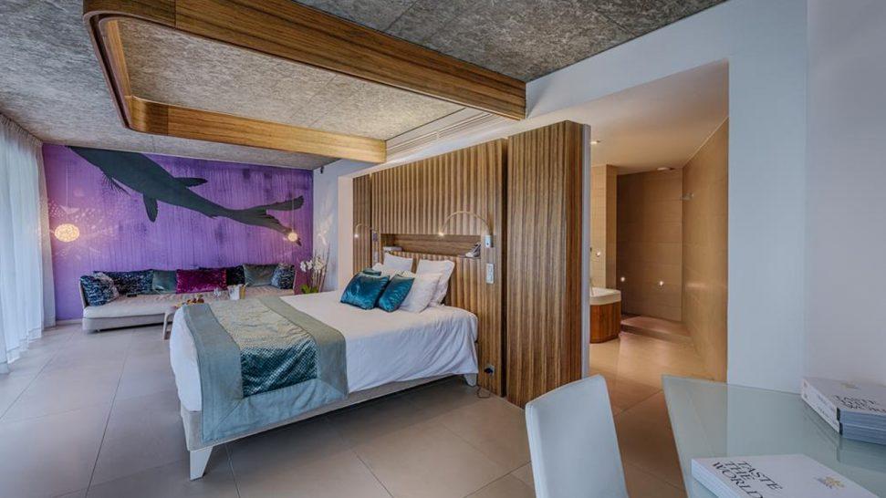 Cap d'Antibes Beach Hotel Terraces Suite Design
