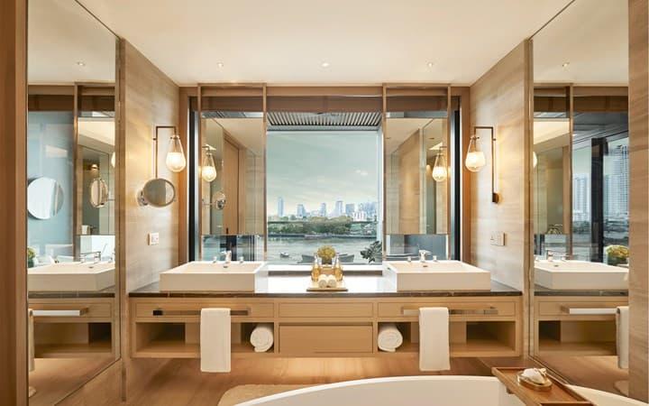 Capella Bangkok Riverfront Premier Bathroom