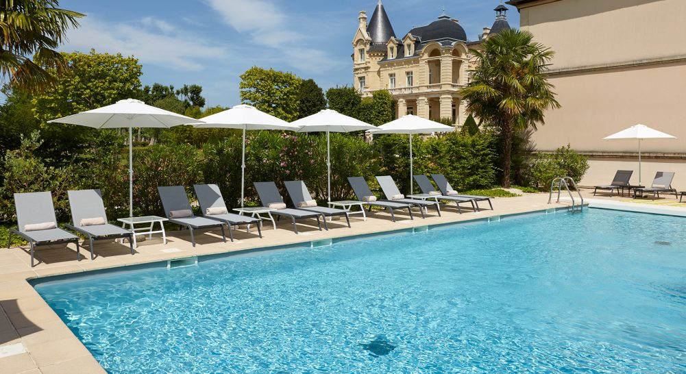 Chateau Hotel and Spa Grand Barrail Pool