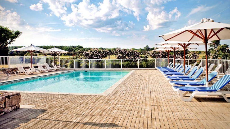 Chateau des Vigiers Heated Pool