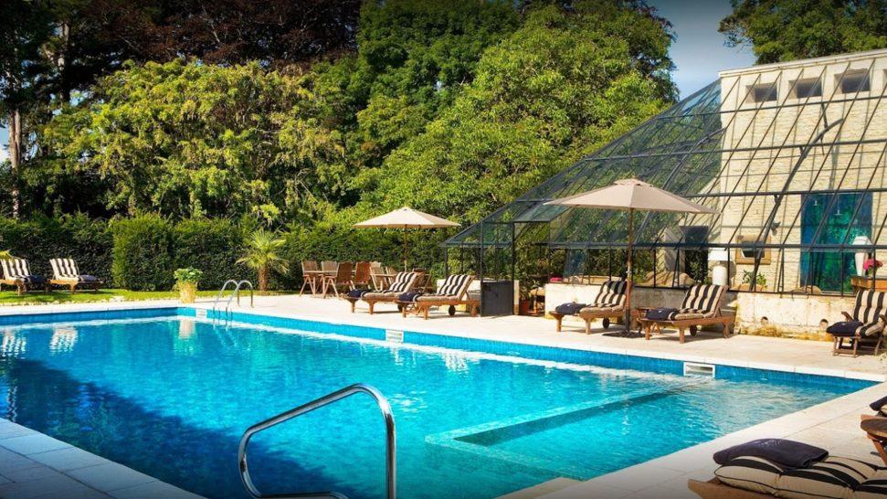 Chteau La Chenevire Pool
