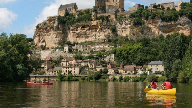 Chteau des Vigiers Canoeing