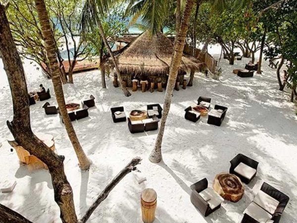 Constance Moofushi Maldives Totem Bar