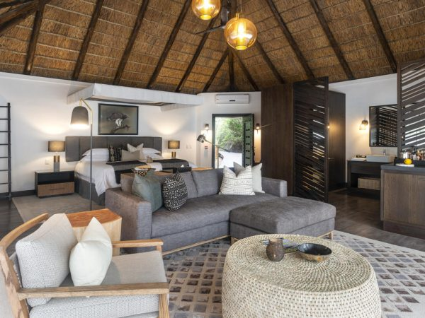 Eagles Crag Shamwari Game Reserve Eagles Crag Junior Suite