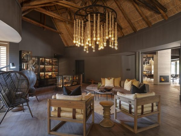 Eagles Crag Shamwari Game Reserve Lobby