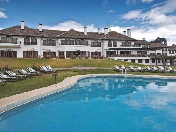 Fairmont Mount Kenya Safari Club Pool