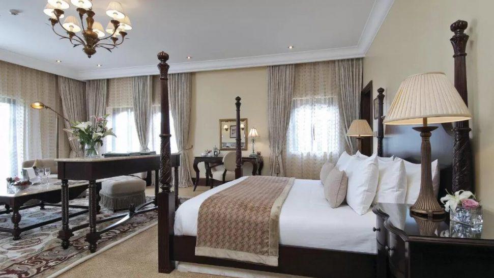 Fairmont Mount Kenya Safari Club The Manor Suite
