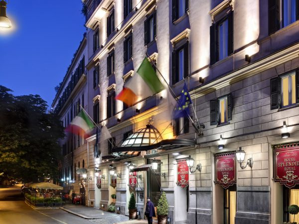 Hotel Splendide Royal Rome Exterior Night View