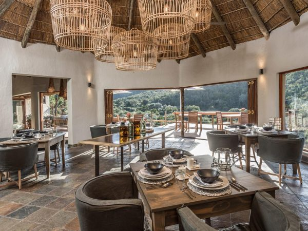 Inzolo Exclusive Game Lodge Dining View
