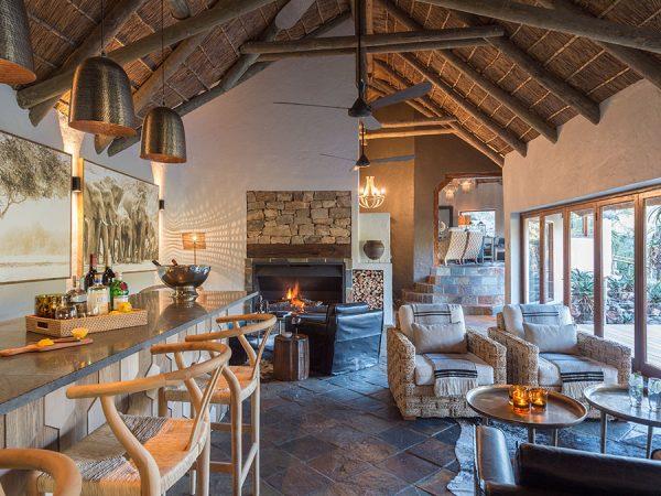 Inzolo Exclusive Game Lodge Interior View