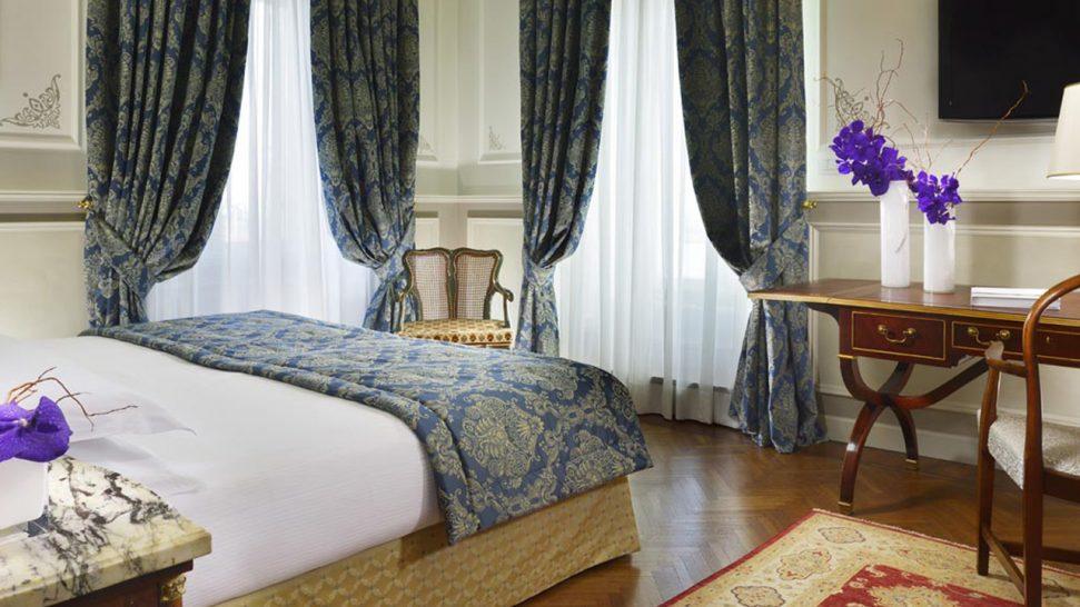 Royal Hotel San Remo Executive Suite Aurora