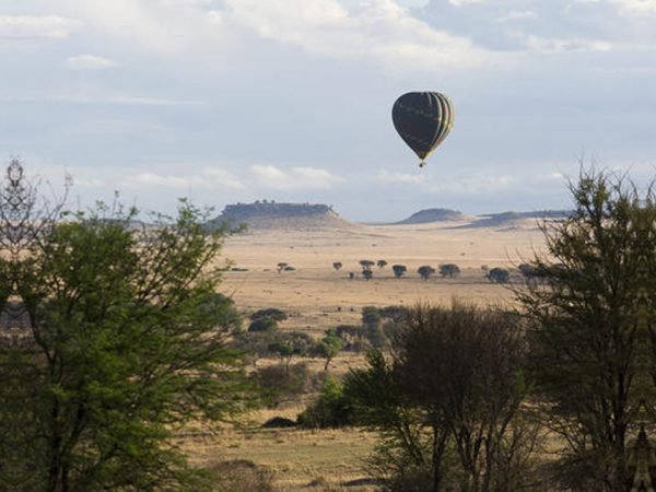 Sayari Camp Hot Air Ballooning