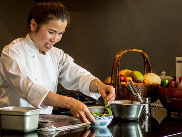 Split Apple Retreat Cooking Class