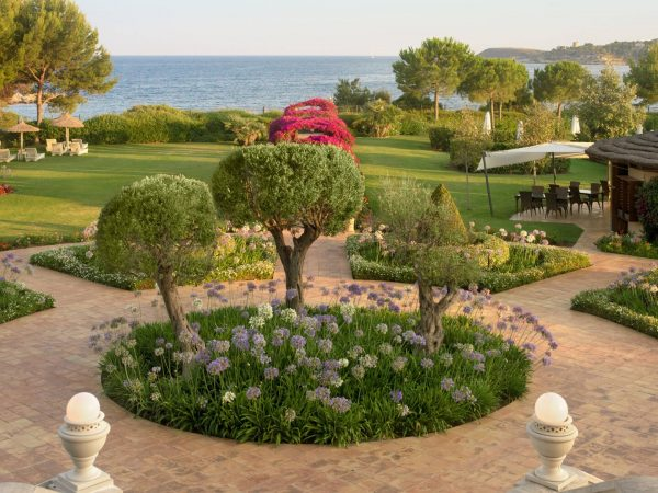 St Regis Mardavall Mallorca Resort Gardens
