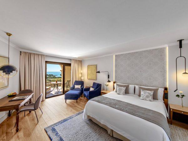 St Regis Mardavall Mallorca Resort Grand Deluxe Guest room, 1 King, Sea view, Balcony