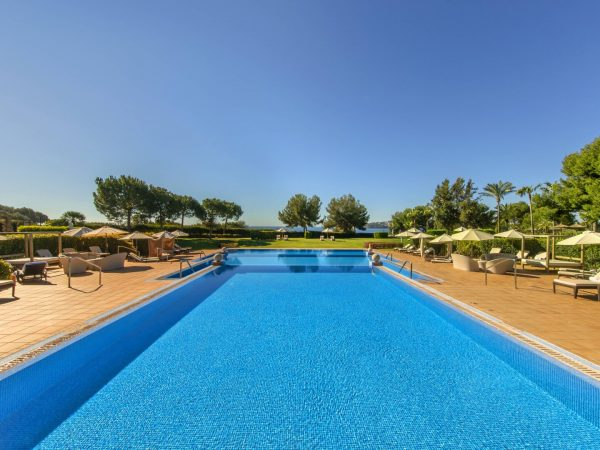 St Regis Mardavall Mallorca Resort Pool