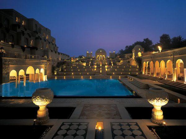 The Oberoi Amarvilas, Agra Night