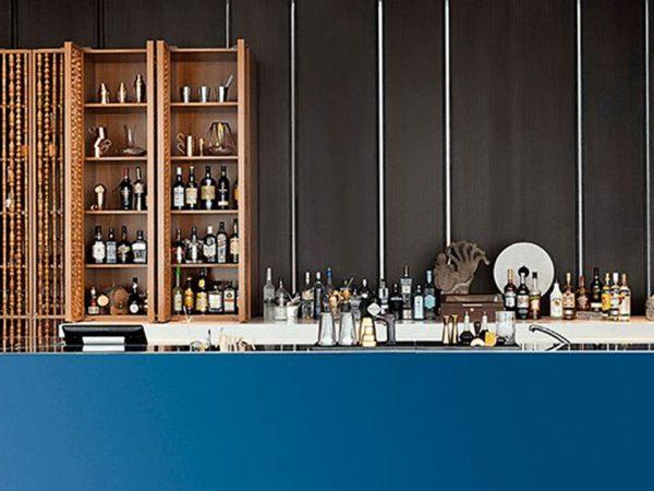 The Oberoi Beach Resort Al Zorah Aquario Bar