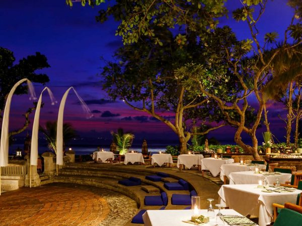 The Oberoi Beach Resort Bali Dining at the Amphitheatre
