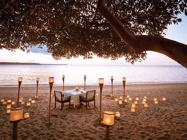 The Oberoi Beach Resort Lombok Romantic Sunset Dinner by the Beach