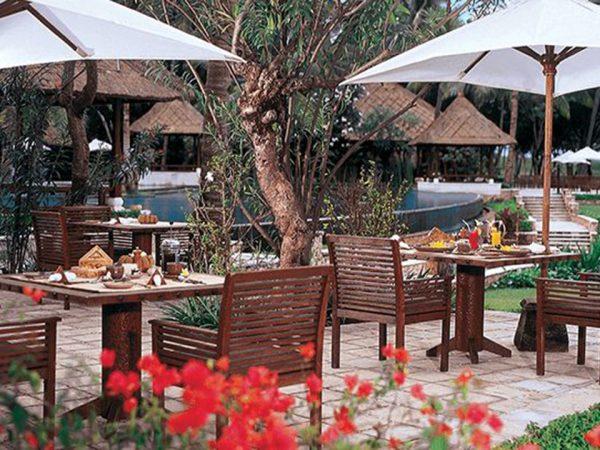 The Oberoi Beach Resort Lombok Sunbird Cafe