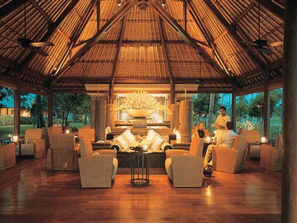 The Oberoi Beach Resort Lombok Tokek Bar