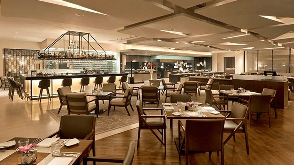 The Oberoi New Delhi 360 Bar