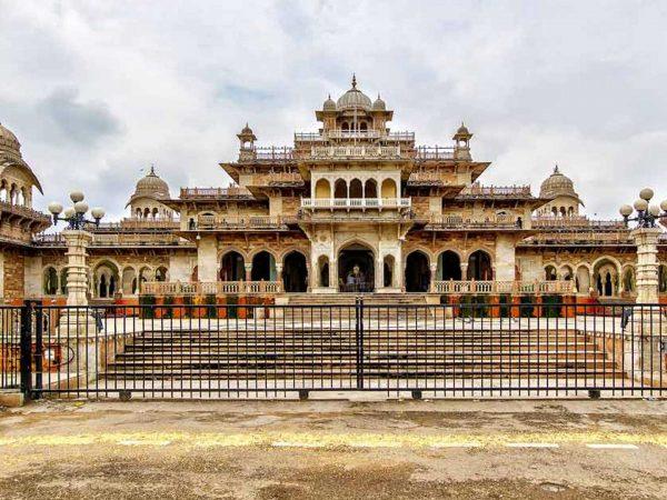 The Oberoi Rajvilas Jaipur City Tour