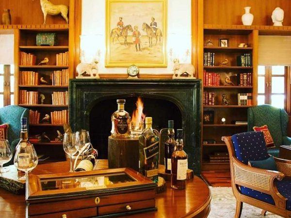 The Oberoi Vanyavilas Wildlife Resort Ranthambore Library Bar