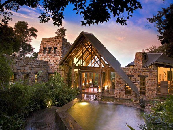 Tsala Treetop Lodge Exterior