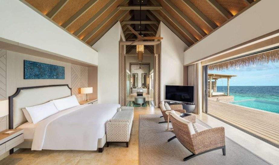 Waldorf Astoria Maldives Ithaafushi King Overwater Villa with Pool