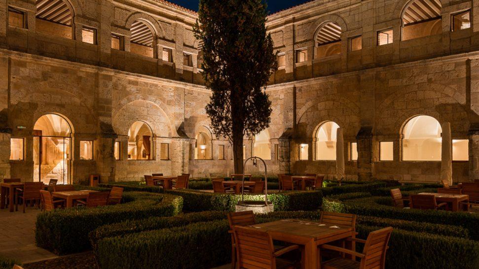 Abadia Retuerta LeDomaine Cloister Garden