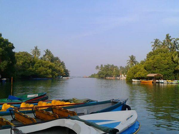 Anantara Kalutara Resort Kalu Ganga Boat Trip