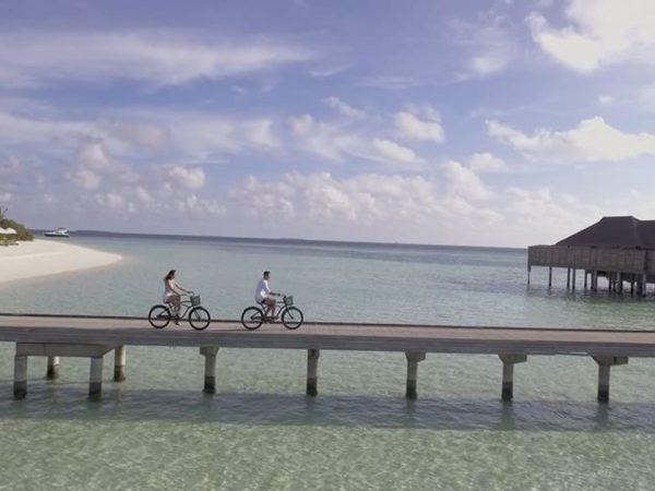 Anantara Kihavah Maldives Villas Cycling