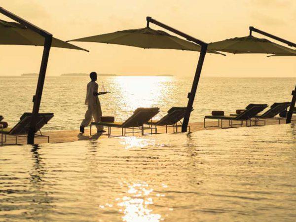 Anantara Kihavah Maldives Villas Pool