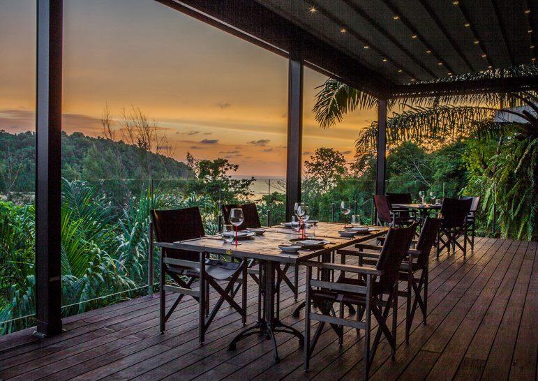 Anantara Layan Phuket Resort Age Restaurant