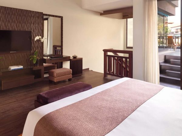 Anantara The Palm Dubai Resort Deluxe Family Lagoon Access Room